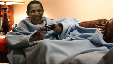 Obamas To Exchange Snuggies For Christmas