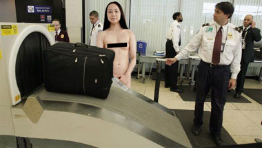 Nation's Perverts Endorse Full-Body Airport Scanners