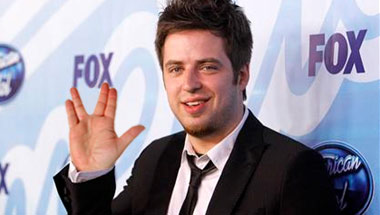 Lee DeWyze Can't Believe He Has To Make An Album
